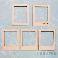 http://i-kropka.com.pl/pl/p/Ramki-polaroid-LOVE-5szt./998