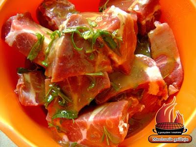 Marynata do karkówki z suszoną śliwką grillowana bbq marynowanie mięsa na grilla