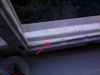 Как утеплить раму окна