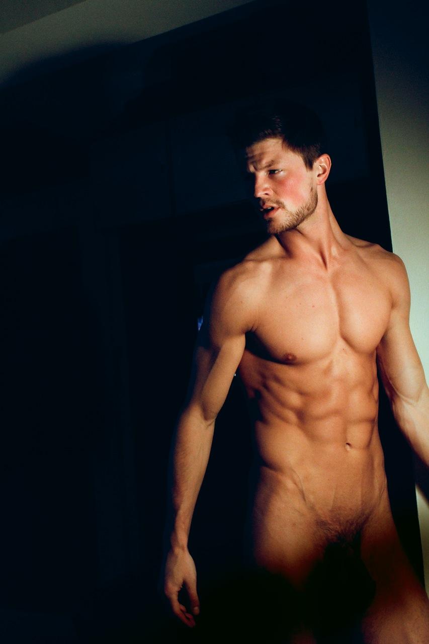 foto-golih-seksualnih-muzhchin
