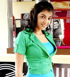 actress kajal agarwal in coffee day (1).jpg