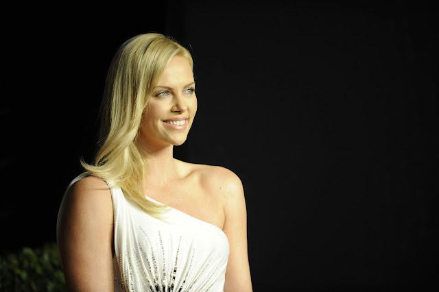 Mad Max - Fury Road actress Charlize Theron HD Photos & Wallpapers