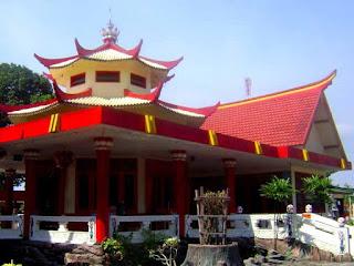 wisata religi jombang, klenteng jombang, wisata jawa timur, indonesia tourism place