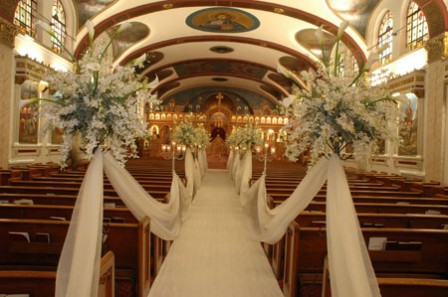 ... A Combination Of Red And White, Green And White Or Purple And White Are  Some Other Good Wedding Color Schemes For Church Weddings.