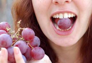 Khasiat buah anggur merah, hijau, biru untuk kesehatan