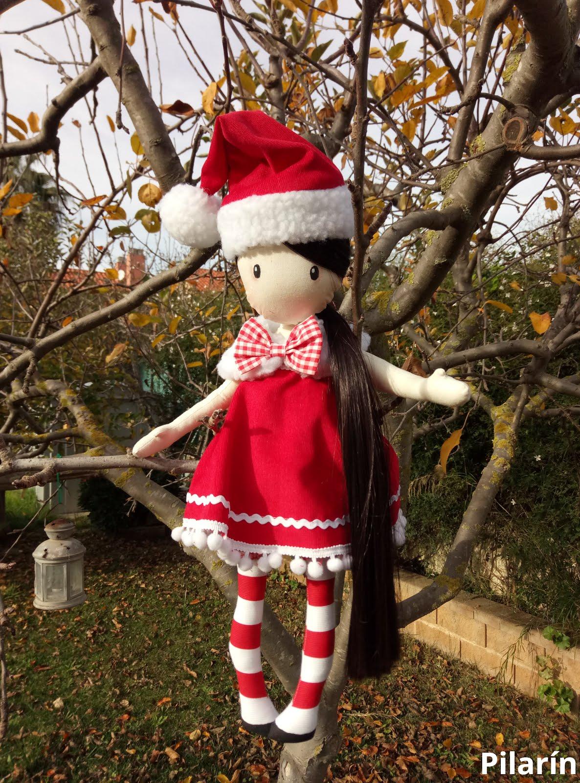 Muñeca tipo Gorjuus de Navidad