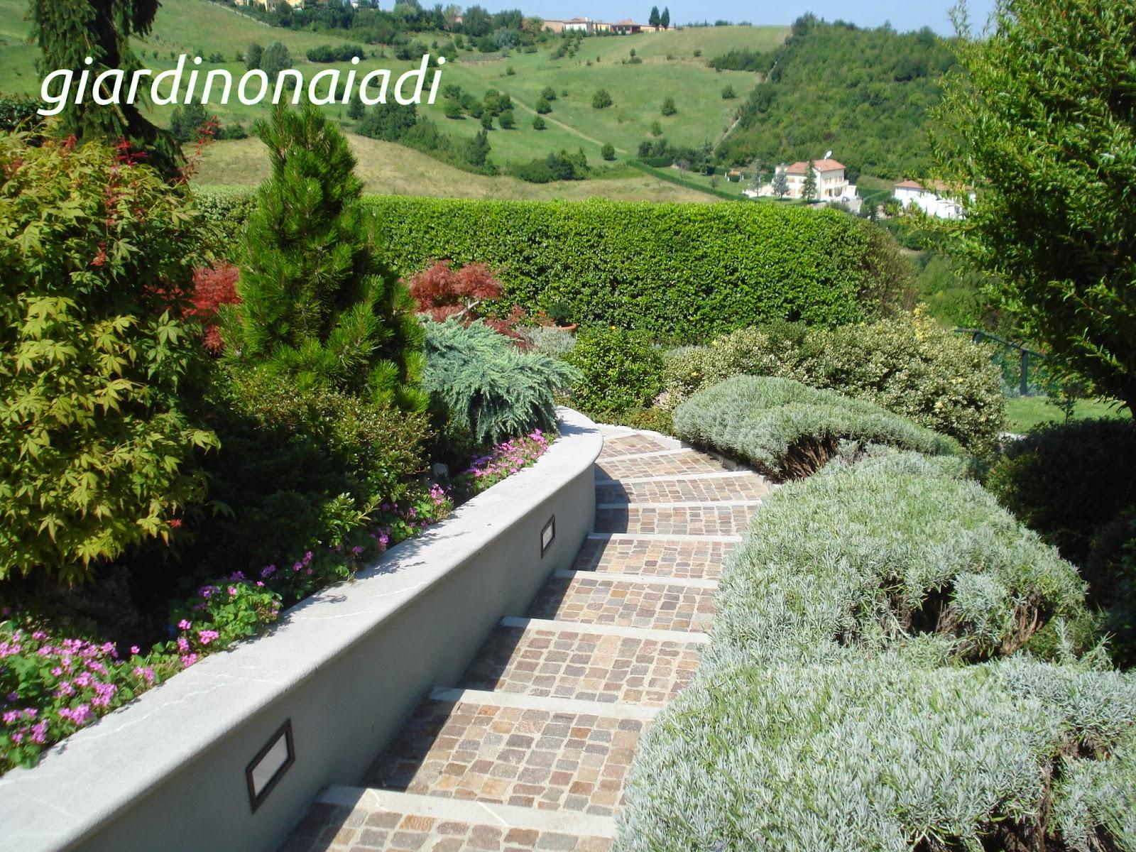 Il giardino delle naiadi due passi in giardino prima parte - Scale per giardini ...