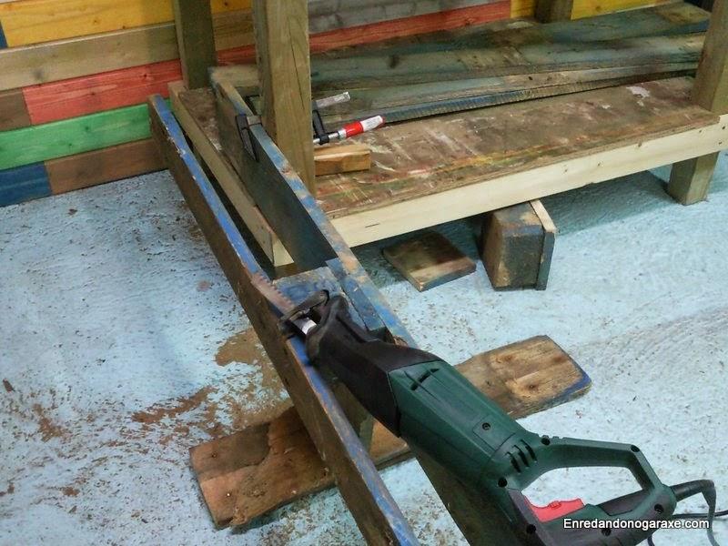 maquina desmontar palets transportes de paneles de madera