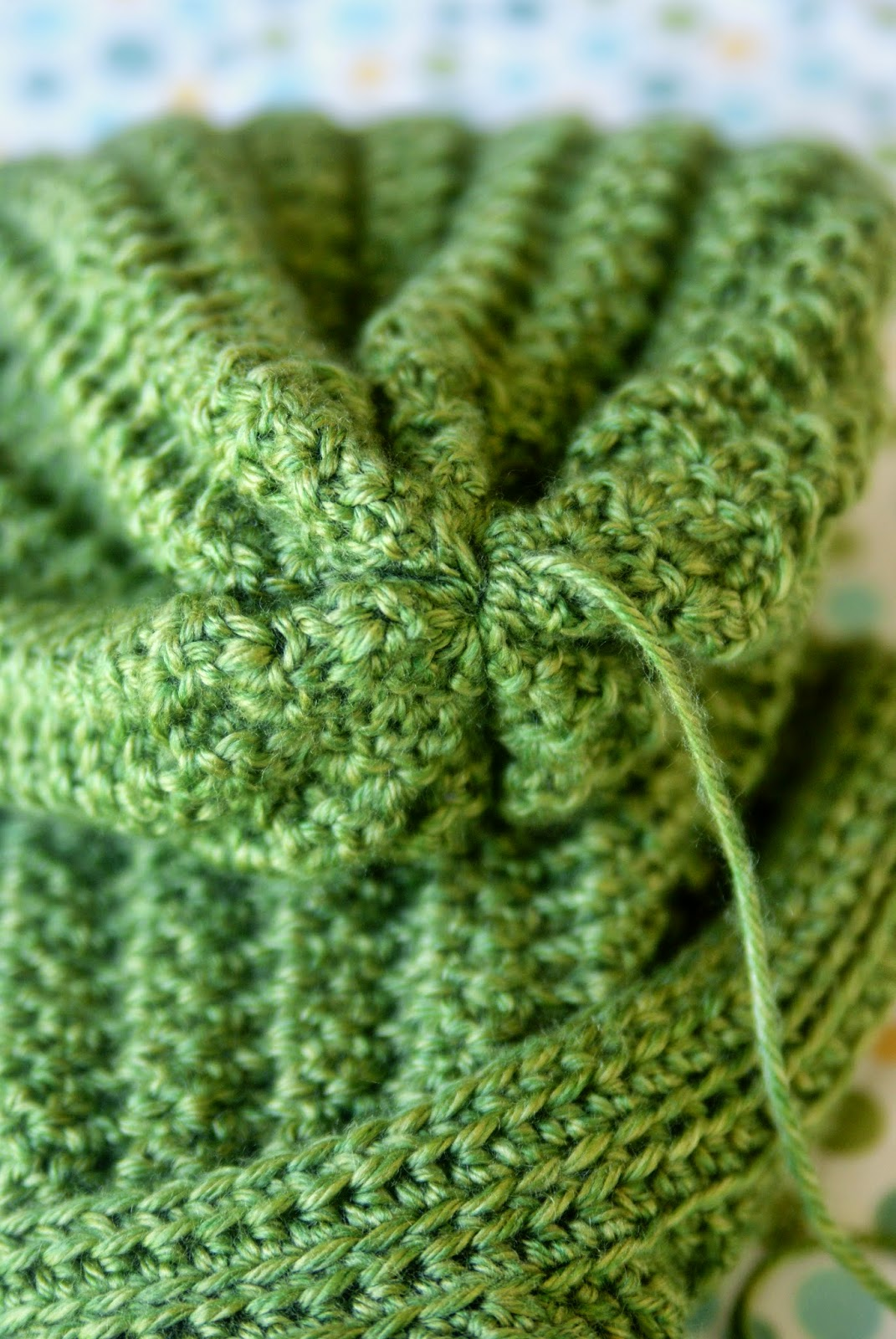 Crochet Stitches Tight : Pull yarn tight and cross over hole. Stitch the hole closed. Tie off ...