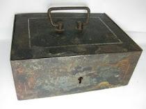 Kotak Besi/Brankas Kuno