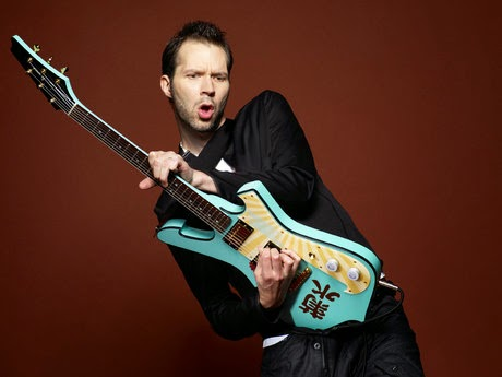 Paul Gilbert rocks