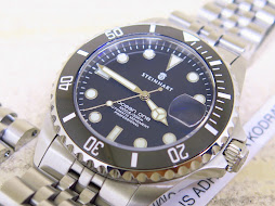 STEINHART OCEAN ONE BLACK DIAL 39mm 300m CERAMIC BEZEL JUBILE BRACELET - AUTOMATIC ETA 2824-2