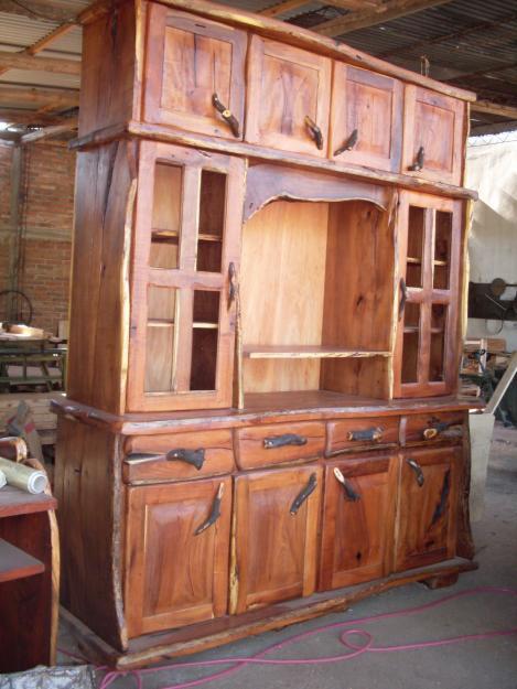 Como restaurar un mueble antiguo ekkon expertos ekkon - Como limpiar muebles de madera antiguos ...