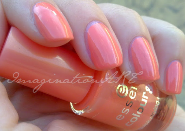 Essence_22_What_do_u_think_colour&go_color_and_go_swatch_swatches_smalto_nail_polish_lacquer_unghie