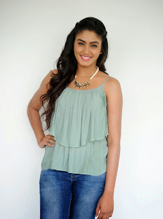 Sana Maqbool in Jeans at Dikkulu Choodaku Ramayya movie press meet (22).jpg