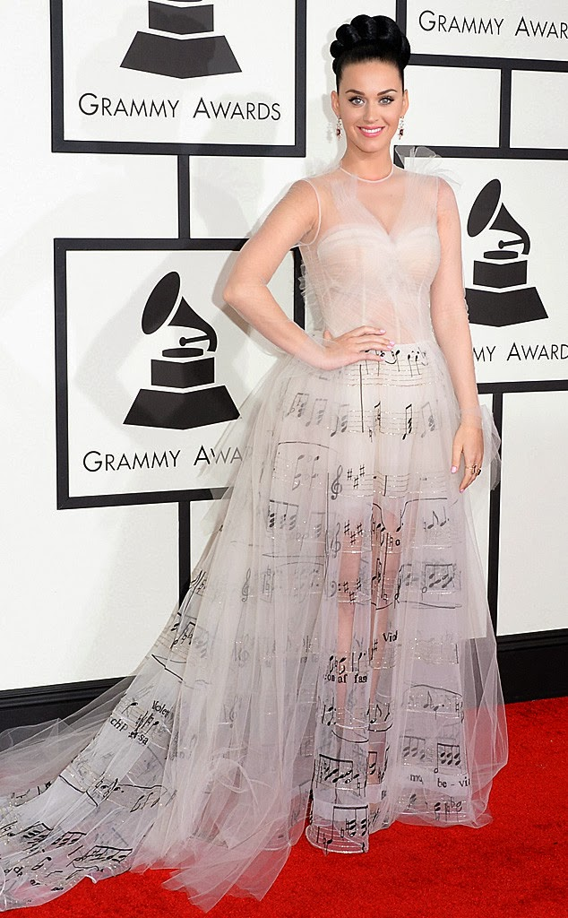 Katy perry in music notes valentino gown at the 2014 grammys