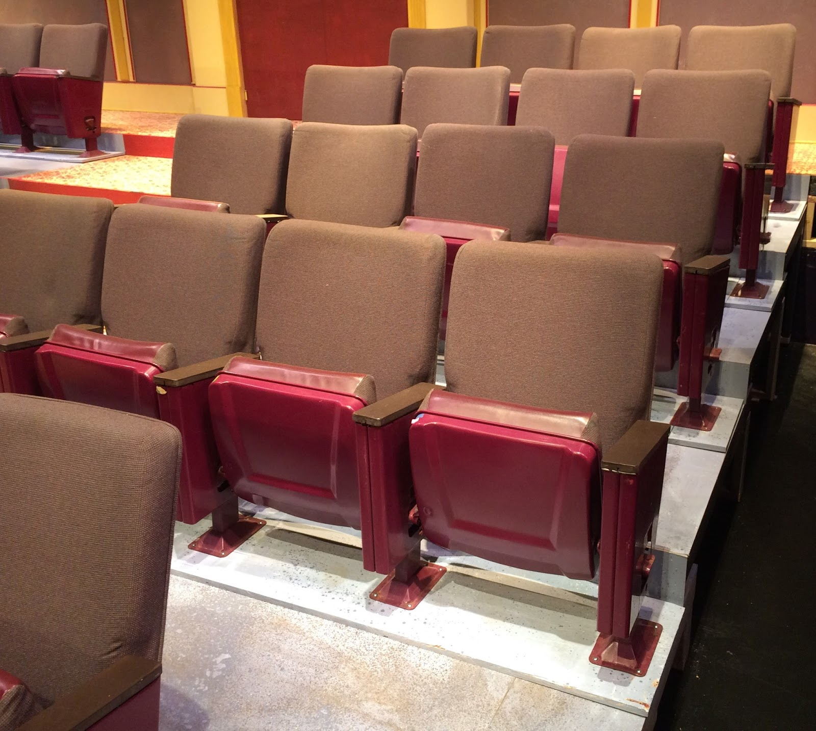 collective leverage Theater Seats For Sale