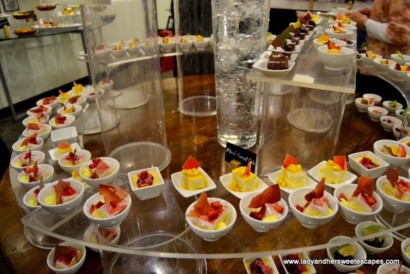 mini desserts at Palm Grill Radisson Blu