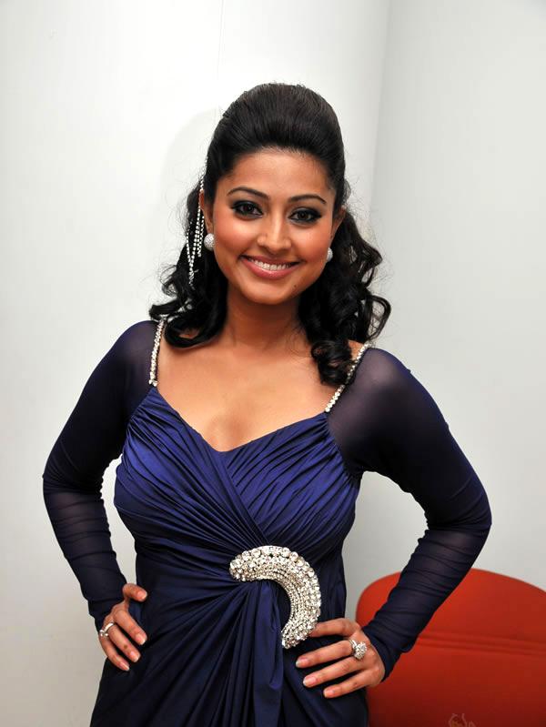 Actress Sneha Gallery unseen pics