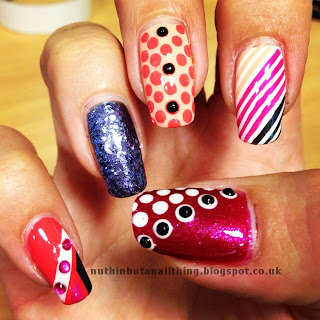 stripe dot glitter nails