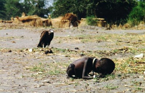 sudanese-girl-dying-of-hunger-as-a-vulture-patiently-waits.jpg