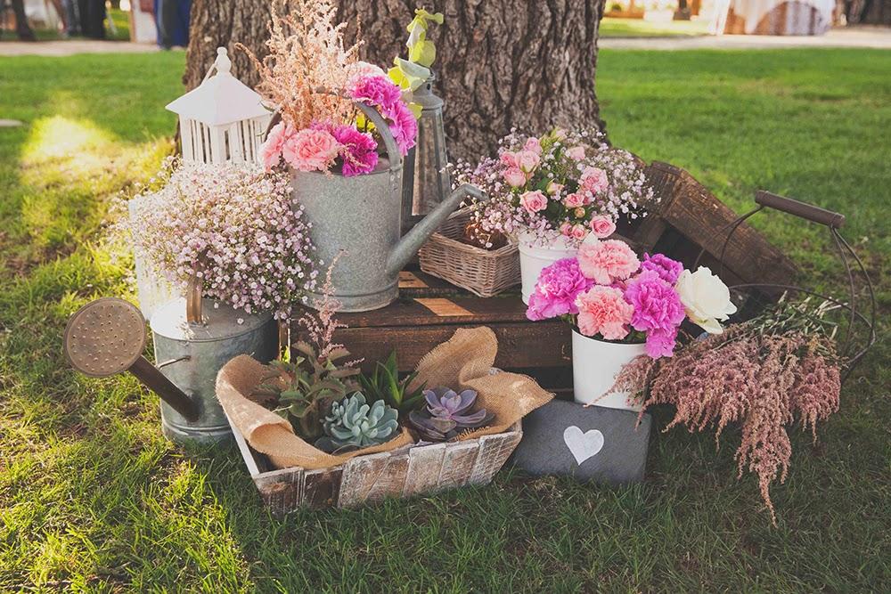 Celebra tu boda en una mas a o casa rural blog de bodas for Decoraciones de jardines rusticos