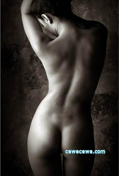 Foto Bugil Model Cantik Davina Veronica Hariadi