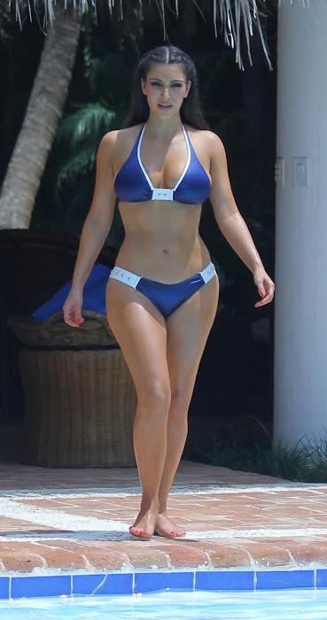 kim kardashian bikini beach