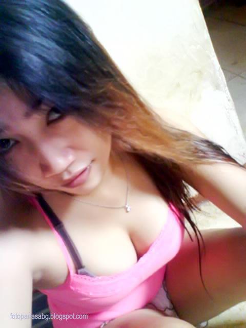 Foto Hot Abg Bajunya Hilang Cuma Pake BH Pinkk