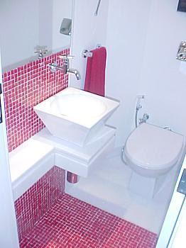 Fotos e dicas de como decorar banheiros