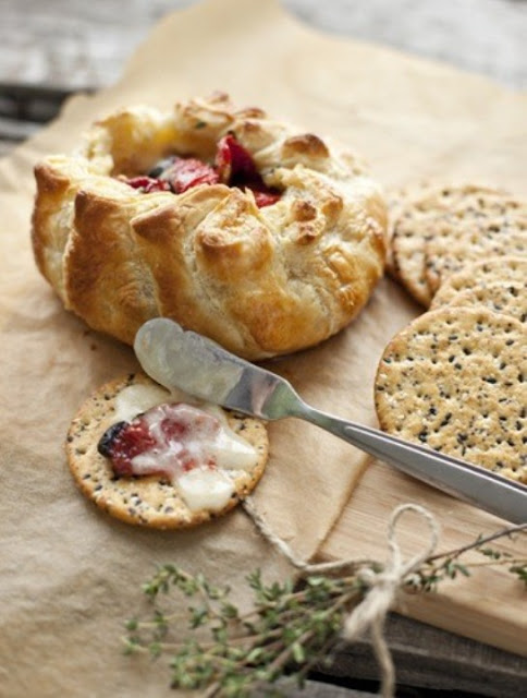 Baked Brie with Sun Dried Tomatoes and Thyme