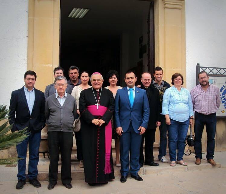La cr nica del alto guadalquivir el obispo hace escala en for Canete de las torres