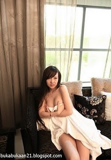 idegue-network.blogspot.com - Gallery Hot Artis China Bernama Lulu
