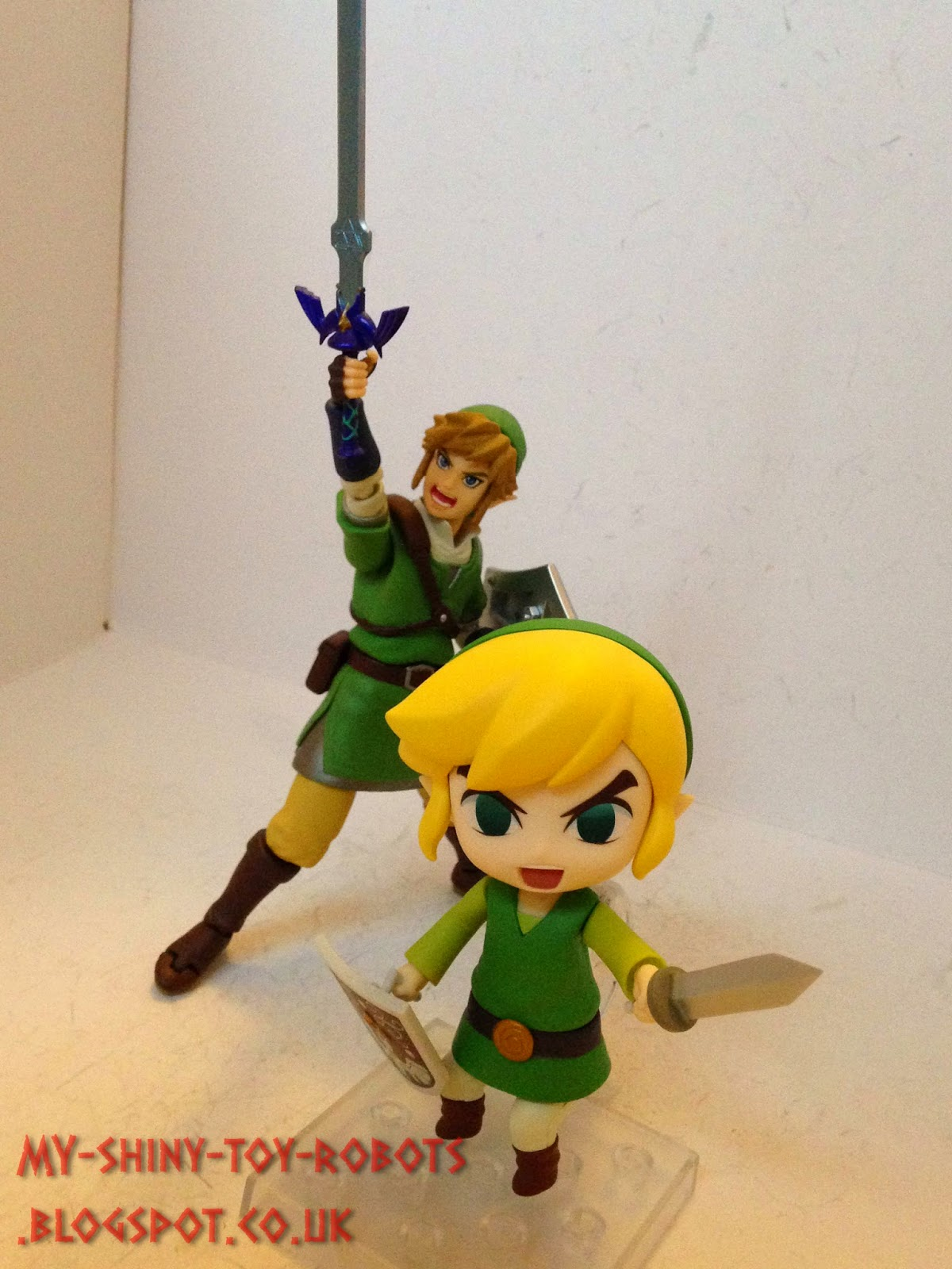 Link with his Figma brother