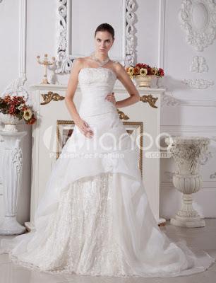 A-ligne bretelles en dentelle de broderie perles robe de mariée en satin