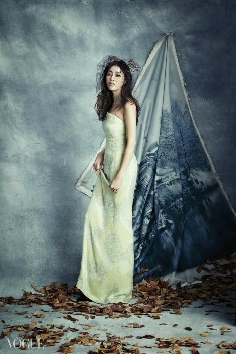Kang Sora Vogue Magazine December Issue 2014