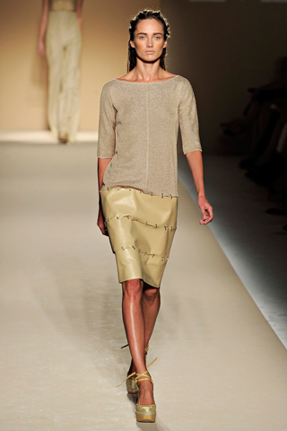See more of the Max Mara Spring 2012 Collection at Milan Fashion Week after ...