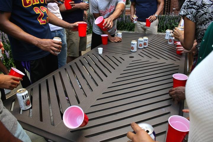 Flip Cup Quaintrelle