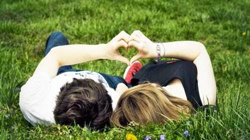 Cara Sederhana Tapi Efektif Ungkapkan Cinta Pada Pasangan Harus Baca
