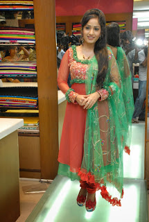 Actress Madhavi Latha Pictures in Salwar Kameez at Sreeja Fashions South Silk Festival 2013 Launch 0006.jpg