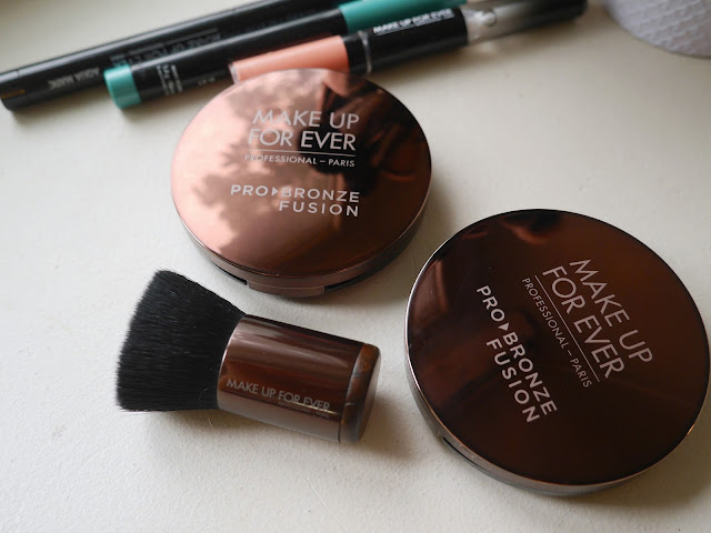 Make Up For Ever Pro Bronze Fusion 15I 10M swatch review Pro Bronze Fusion Kabuki review