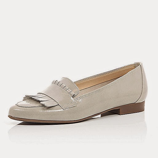 river island grey flat shoes, river island grey shoes, grey loafers, grey tassel shoes,