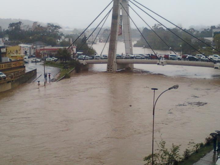Fotos itajai enchente 2011 85