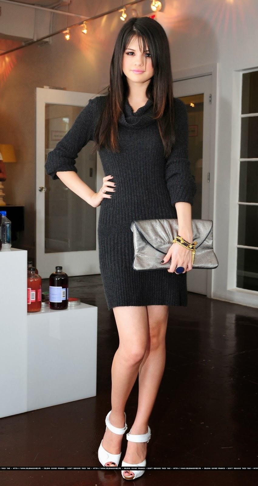 Selena Gomez Fashion Style Celebrity Magazine