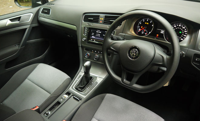 VW Golf 7 S 1.2 TSI DSG front interior