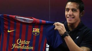 """Alexis: """"quiero estar a la altura de Messi, Xavi e Iniesta"""""""