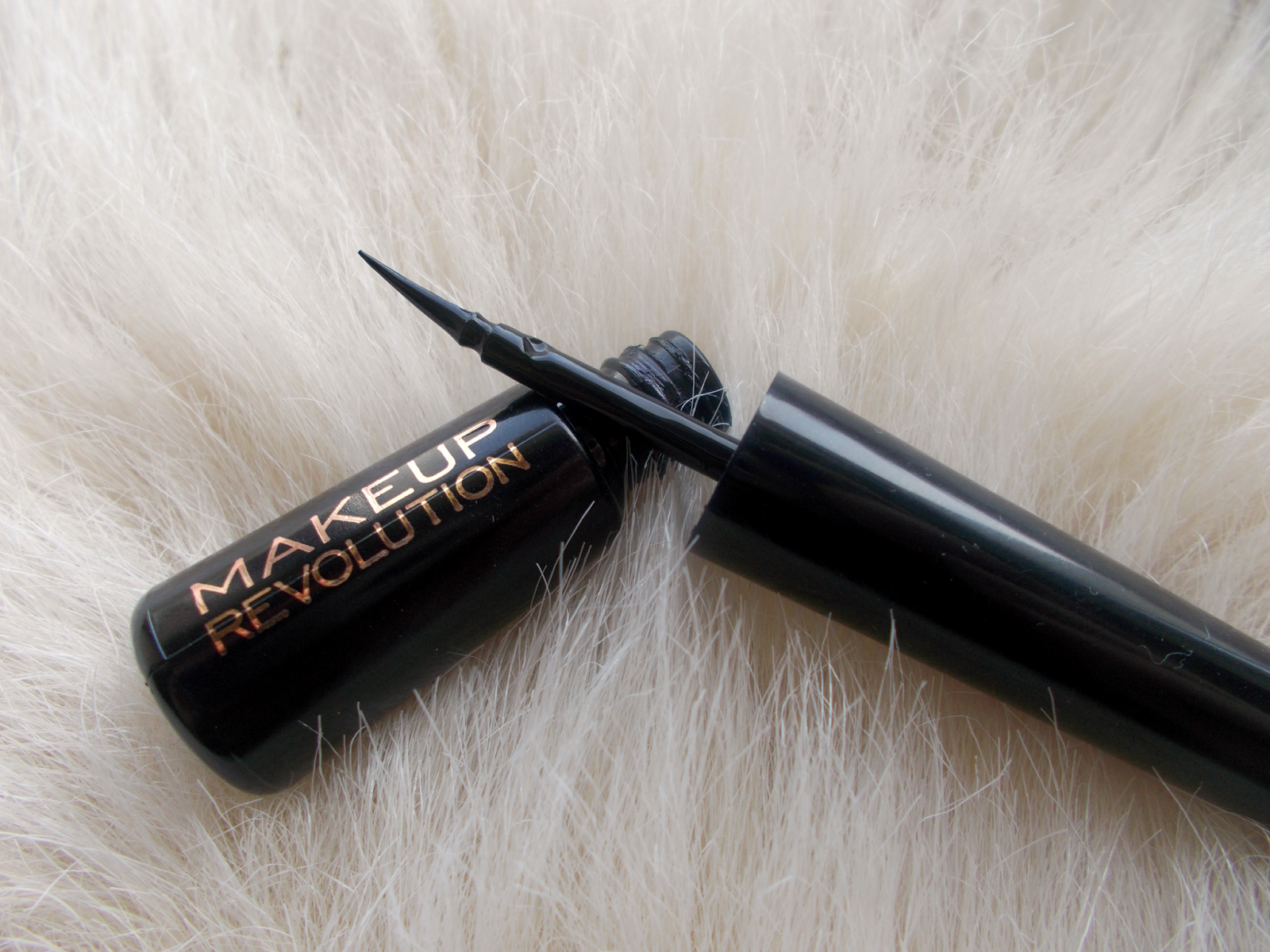 Makeup Revolution Amazing Liquid Eyeliner review