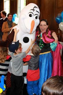 Frozen party theme