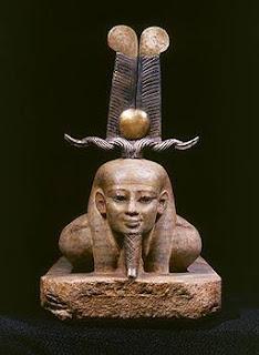 Osiris resucitando - Museo Egipcio de El Cairo - vista frontal