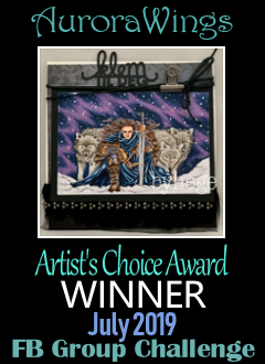 Artist's Choice Award winner Juli 2019